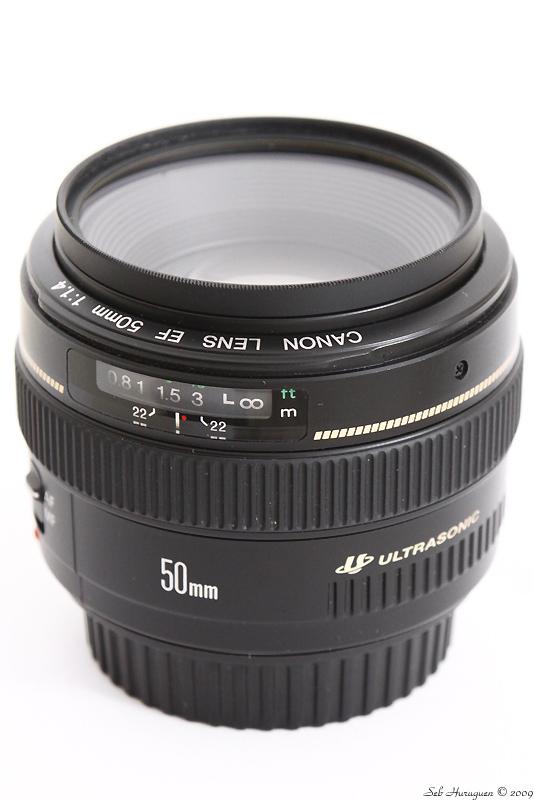 Canon EF 50mm f1.4 USM avec un filtre UV transparent